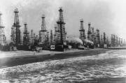 Oil wells in Venice, California, bringing oil up from beach area in 1952_size180.jpg